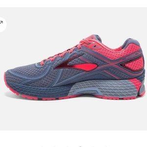 Adrenaline Size 7 Sneakers